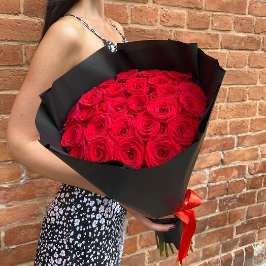 Букет из 25 Ароматных Роз (60см)