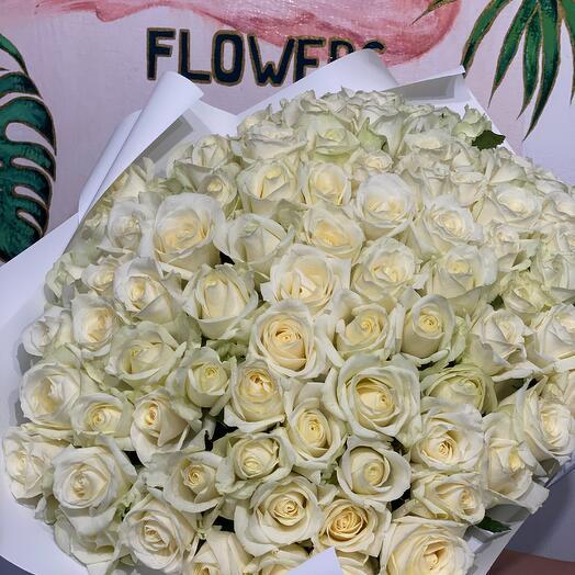 101 белая роза 40см