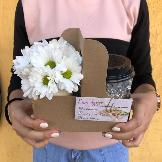 Цветочный кофейный комплимент