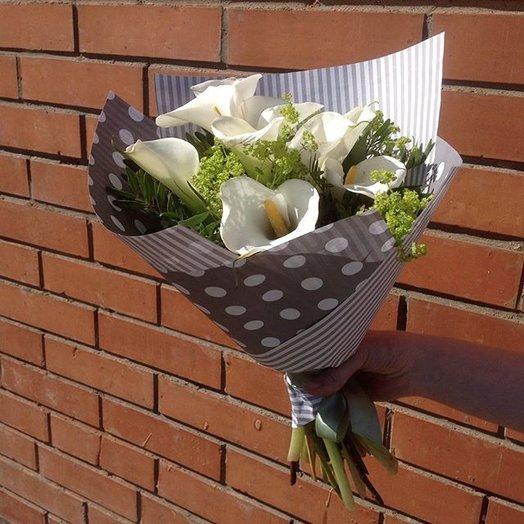 9 калл: букеты цветов на заказ Flowwow