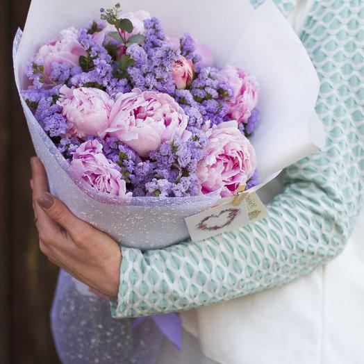 Нежный букет с пионами: букеты цветов на заказ Flowwow
