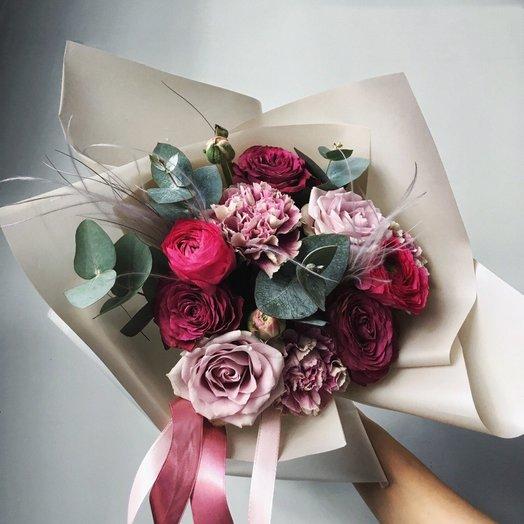 Романтика на 8 марта: букеты цветов на заказ Flowwow