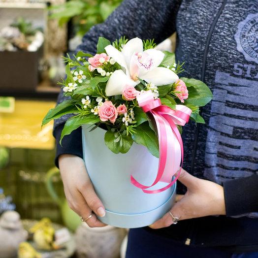 Цветы в коробке Капелька