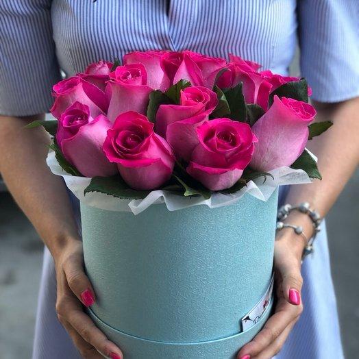 "Цветы в шляпной коробке "" Романтика"": букеты цветов на заказ Flowwow"