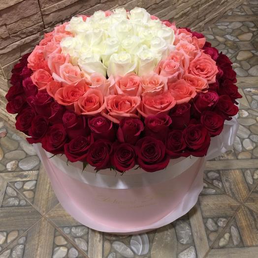 101 роза премиум в розовой шляпной коробке: букеты цветов на заказ Flowwow