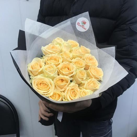 Букет 19 роза ПичАваланж: букеты цветов на заказ Flowwow