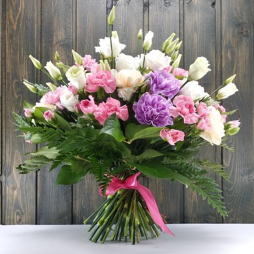Шик в простоте: букеты цветов на заказ Flowwow