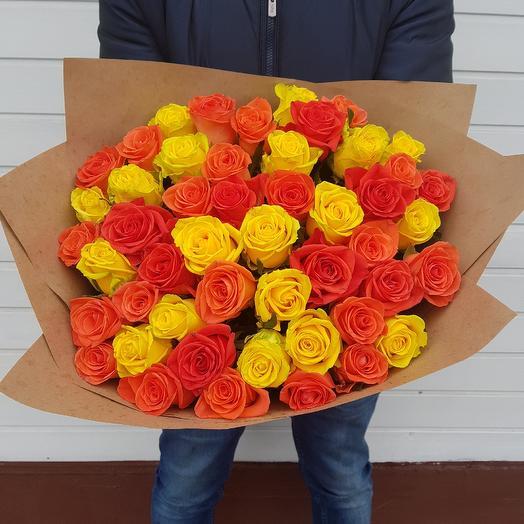 Букет из 51 розы: букеты цветов на заказ Flowwow