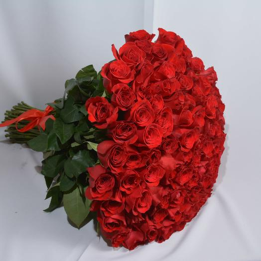 101 красная роза 40 см в букете: букеты цветов на заказ Flowwow