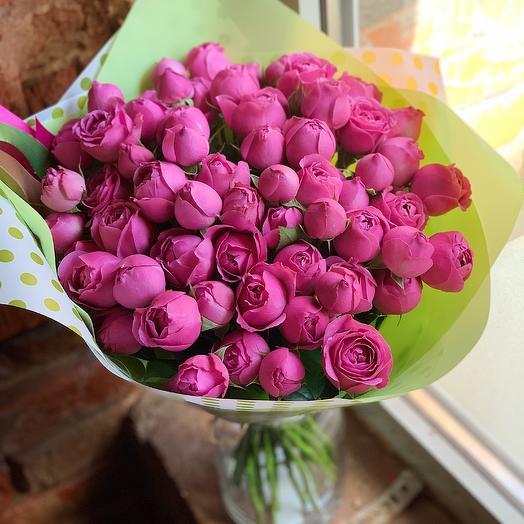 Малиновое наслаждение: букеты цветов на заказ Flowwow