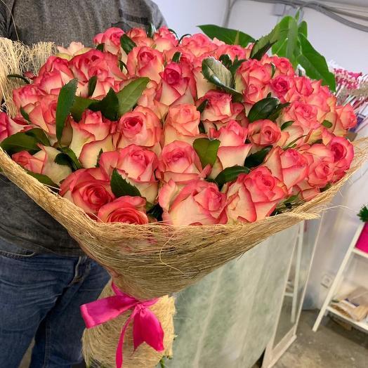 51 роза Джамиля: букеты цветов на заказ Flowwow