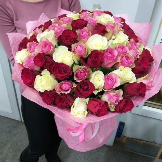 Букет из 77 роз