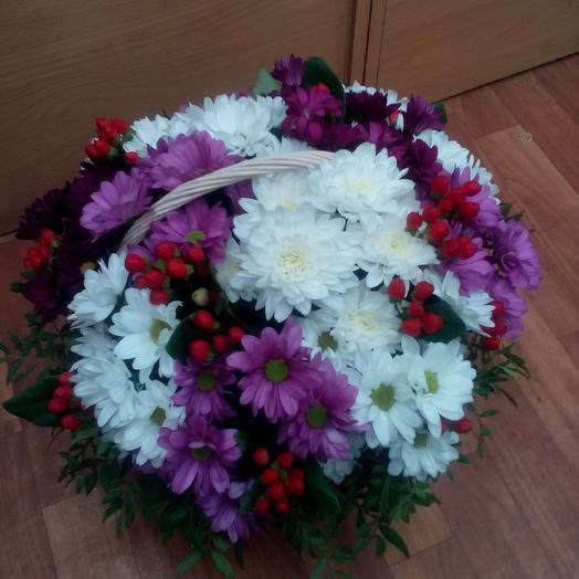 Корзина из хризантем микс: букеты цветов на заказ Flowwow