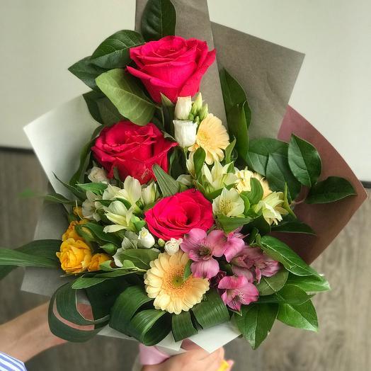 Смешанный букет: букеты цветов на заказ Flowwow