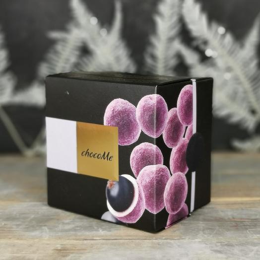 Ягоды чёрной смородины в белом шоколаде: букеты цветов на заказ Flowwow