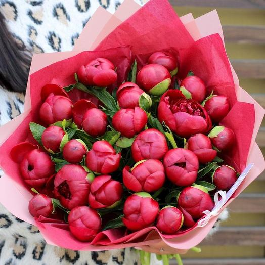 Благородные пионы: букеты цветов на заказ Flowwow