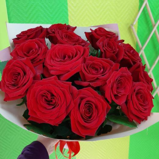 Букетик красных роз