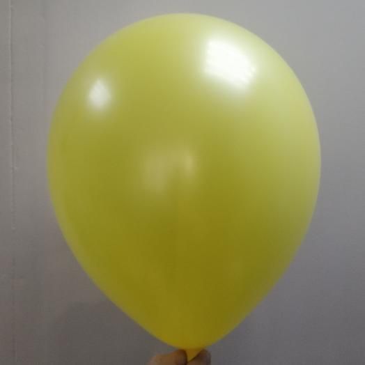Шар воздушный желтенький