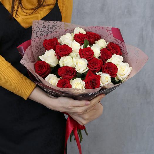 25 роз яркий микс 50 см