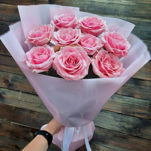 Букет из 9 российских роз в ассортименте