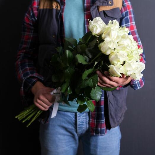 Букет из 15 белых роз Россия 40-50 см