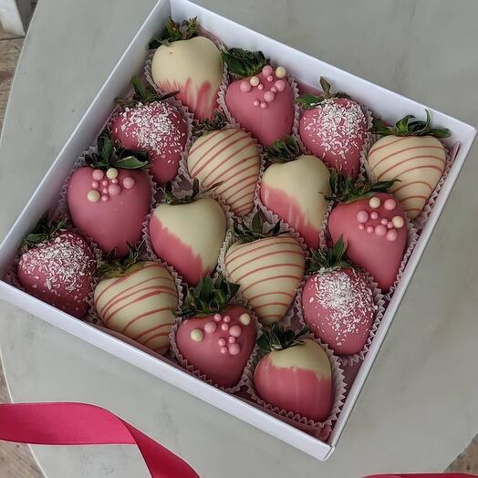 Набор из Клубники в Шоколаде Pink Love