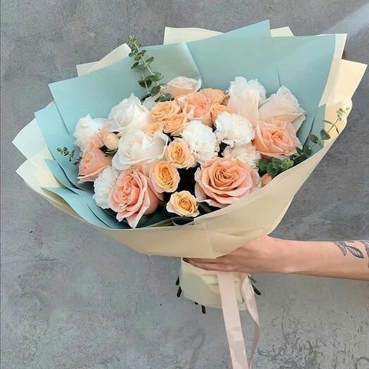 Розы и диантус