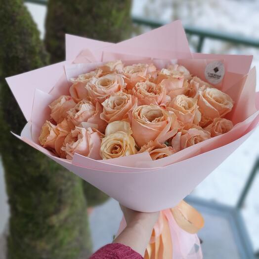 """Букет из 19 пионовидных роз """"Шиммер """""""