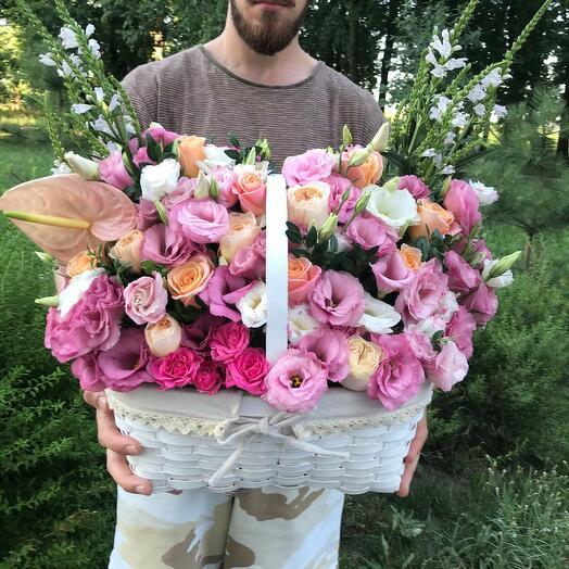 "Корзина цветов ""Яркие мгновения"""
