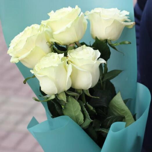 5 белых роз Эквадор