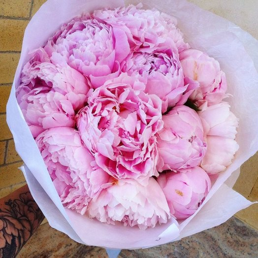 Букет из пионов: букеты цветов на заказ Flowwow