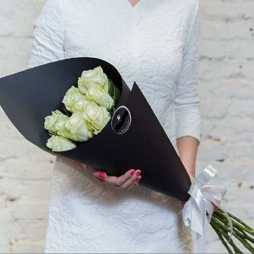 Букет роз Black White
