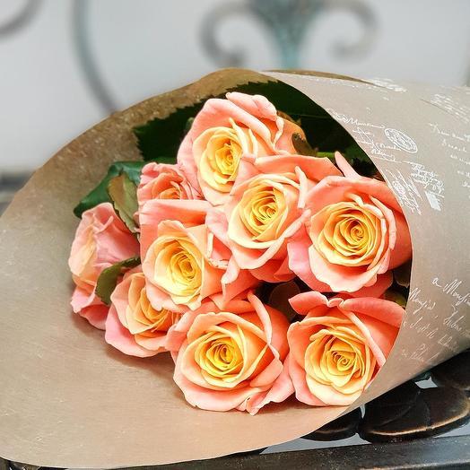 Букет из 9 коралловых роз: букеты цветов на заказ Flowwow