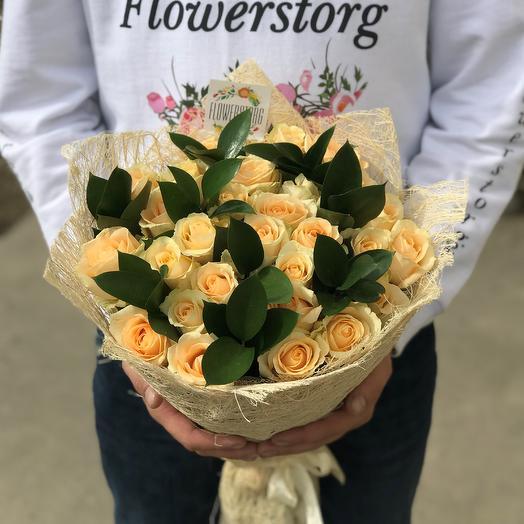 Розы. Кремовые ( Бежевые ) розы. Букет из 29 роз. N75: букеты цветов на заказ Flowwow
