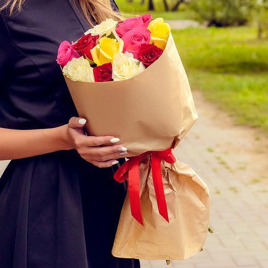 Букет из 11 разноцветных роз (60см)