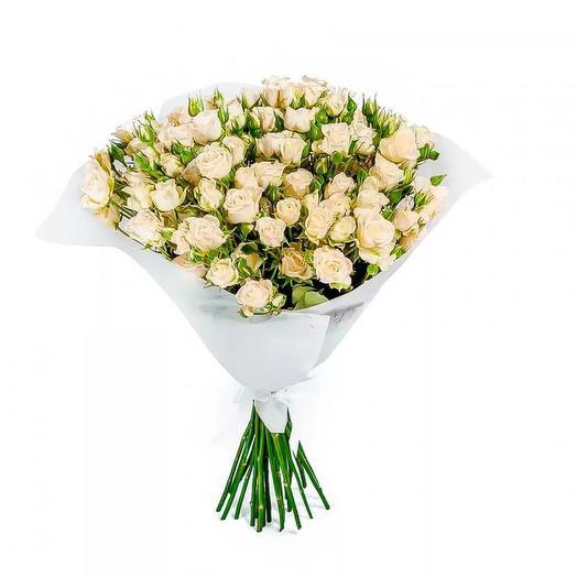 "Букет из белых кустовых роз ""Марина"": букеты цветов на заказ Flowwow"