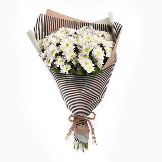 Букет белых хризантем Облачный вояж: букеты цветов на заказ Flowwow