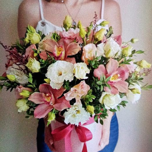 Коробка 10: букеты цветов на заказ Flowwow