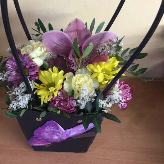 Ночной Мотылёк: букеты цветов на заказ Flowwow