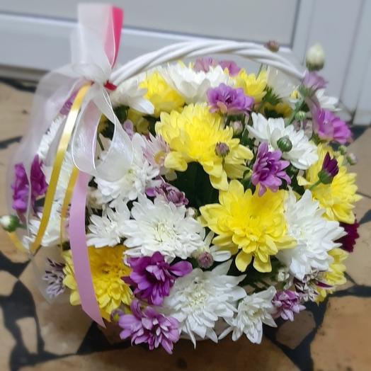 Корзиночка хризантем