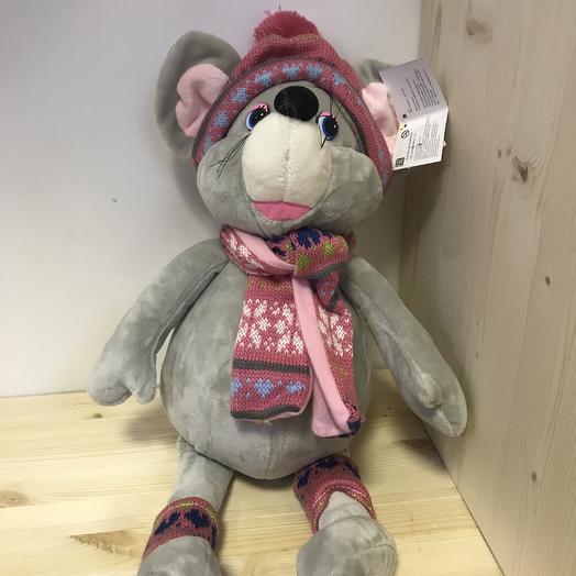 Мышка девочка в шапочке,шарфике и носочках