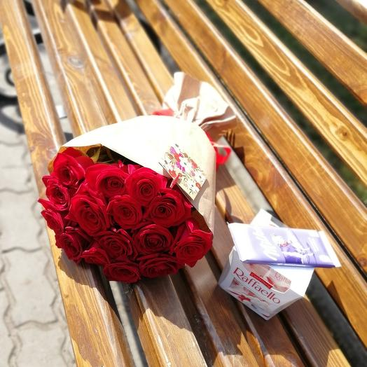 ✅ 15 Роз в крафте и коробка конфет с шоколадкой