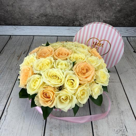 Цветы в коробке «Айвори»