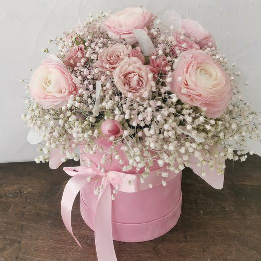 """Цветы в коробке """"Первая любовь"""""""