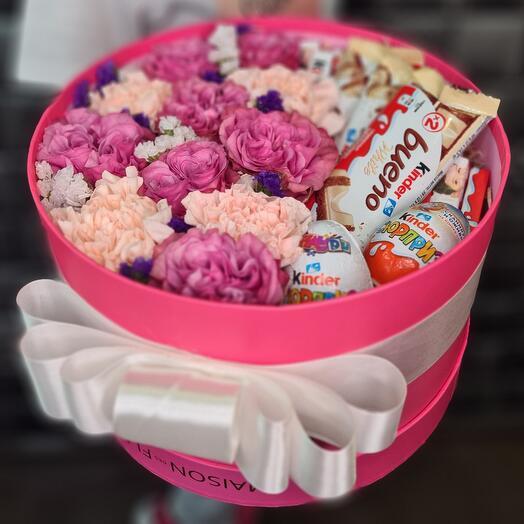 Цветы в коробке с KINDER