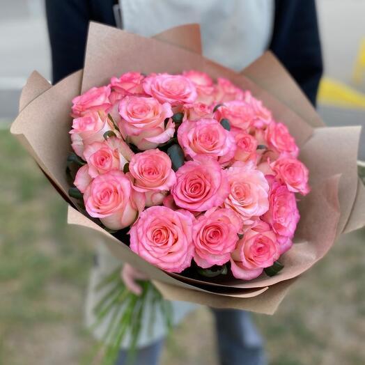 25 роз «Джумилия»