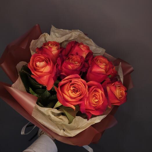 Огненный букет из роз