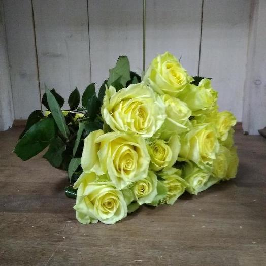 Букет из 15 желтых голландских роз 60 см: букеты цветов на заказ Flowwow