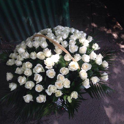 Корзина из белоснежных роз! ^_^