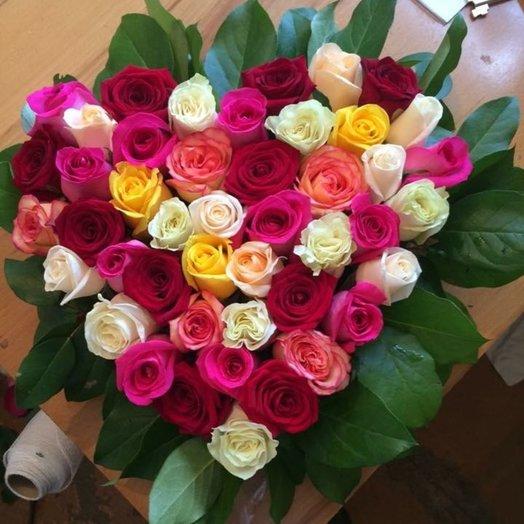 Сердце из розноцветных роз: букеты цветов на заказ Flowwow
